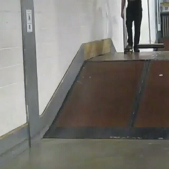 10261130 961281343947272 1607143837 n - Brush slide combo from my @anyskate's welcome to @wighttrashskateboards video...