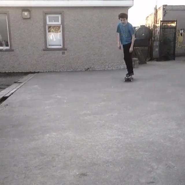 10448891 562158793924151 607726809 n - impossible backfoot lateflip?!?! @_jamiegriffin  #Shralpin #SkateEveryDamnDay...
