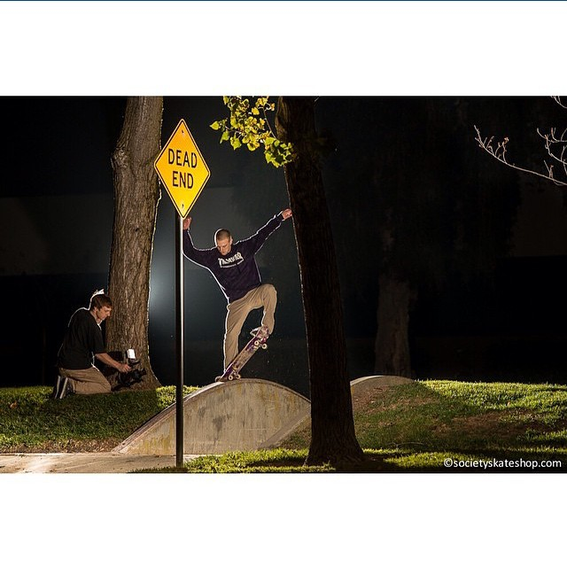 10865113 1604171379801400 52295821 n - Late night blunt sesh with @londonjake : @narbe650  #Shralpin #SkateEveryDamnDay...