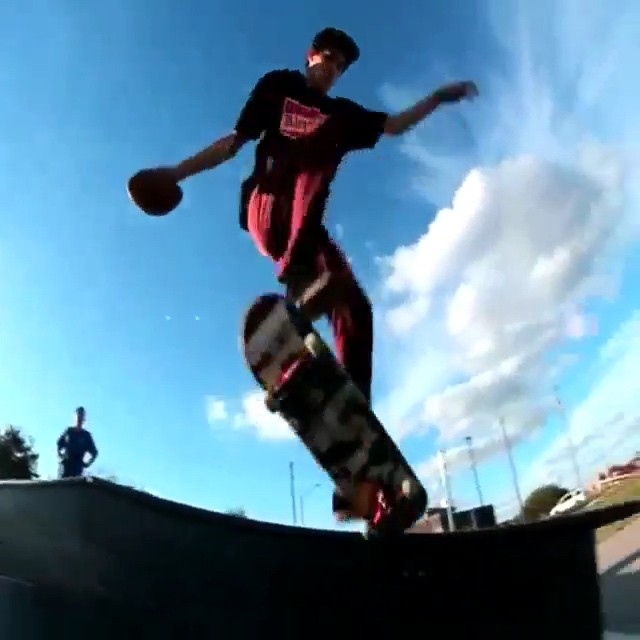 10963754 1595855770633384 345685377 n - The @majercrew shows us that #SkateboardingIsFun during the #SuperBowl  #Shralpi...