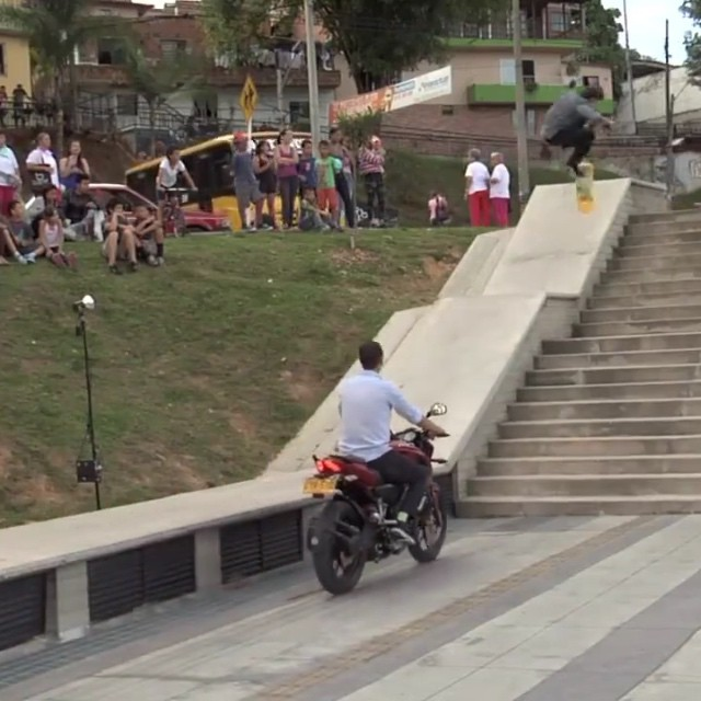 11240726 1663362380565883 1023247038 n - Lofty kickflip from @dixonormous...