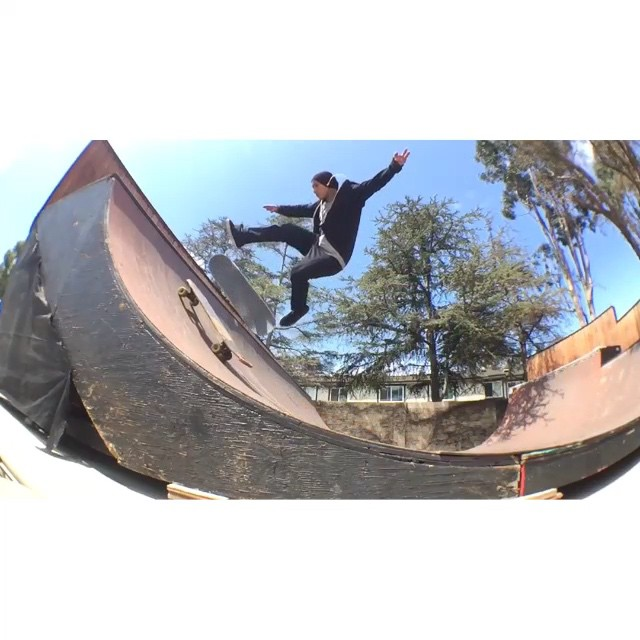 11280307 992267844140046 2010518882 n - Once again....mind blown by @daewon1song : @sdae_ brand  #Shralpin #SkateEveryDa...