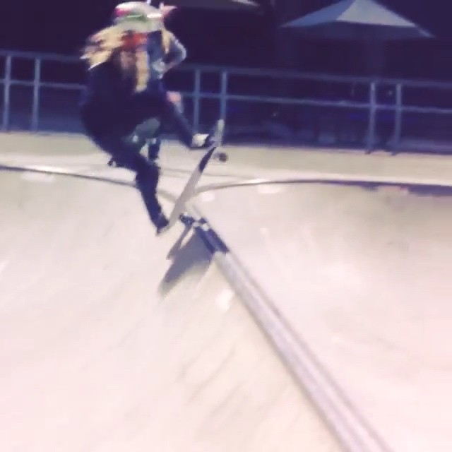 11330675 1599893376954019 242414869 n - #WCW getting some spine action with @shredway_ and @mellybelle831...