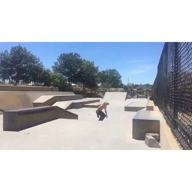 11348405 1448618742108579 1947324840 n - Accidental tre flip late double flip  @garrettginner  #Shralpin #SkateEveryDamnD...