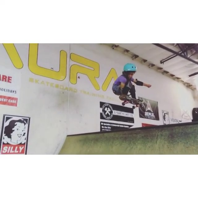 11374165 1486643021641210 1049108611 n - #WCW Sky (age 7) is throwing down some sick lines in the mini via @awsmkids...