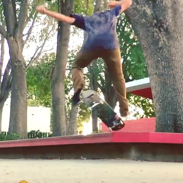 11375749 952243191503101 918005742 n - Fakie smith rickflip from the one and only @thefellers  #Shralpin #SkateEveryDam...