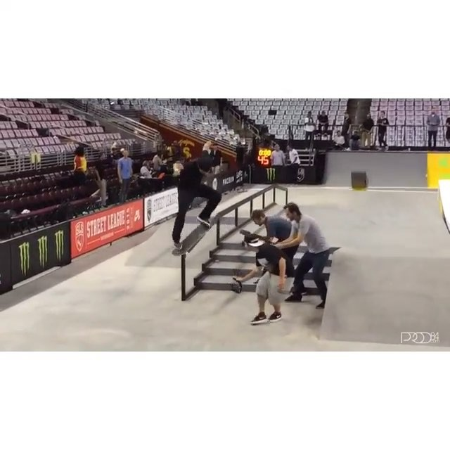 11381414 1628302764115311 2056665571 n - Check out this banger from @prod84 at #StreetLeague practice! : @onefelix  #Shra...