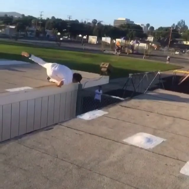 11930866 520470154771099 824041879 n - Skating roof gaps is always risky especially when @easkate's wheels catch and sh...