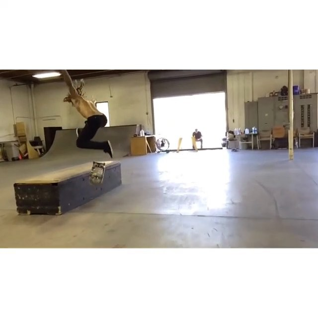 12120335 937456669666994 654528768 n - One of the cleanest heelflips in the game by @neenowilliams : @jboneson...
