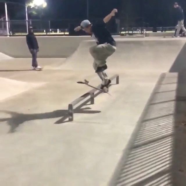 12237422 960864213976267 85162755 n - Pressures on @chrisjoslin_ during a late night skate sesh @thedoe_ : @lil_justin...