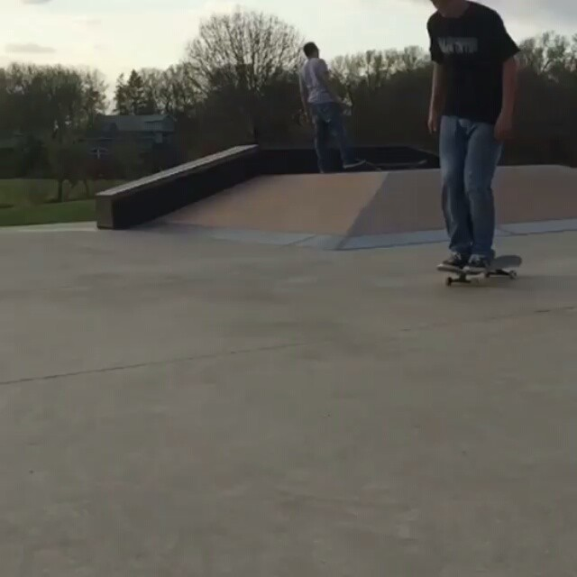 12338464 1653055994963743 989769180 n - Does @nmedall have a #NBD with this hang ten 540 lazerflip : @brew_skate_repeat...
