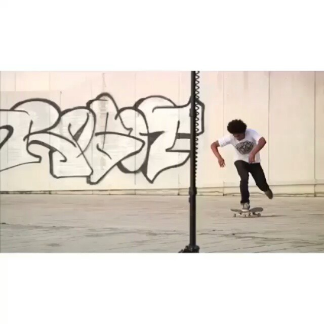 12338624 1517310115233821 2056107627 n - Beastmode kickflip from @chrispfanner in his #VansPropeller RAW FILES...