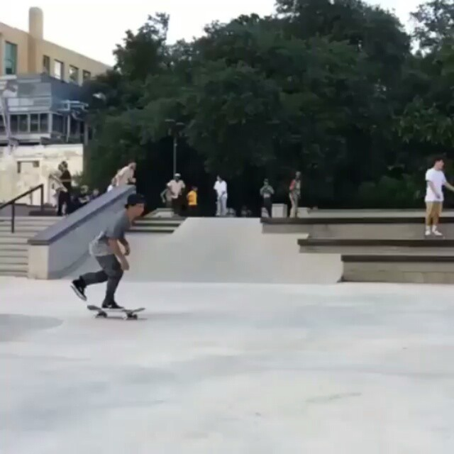 12345707 1537858043194412 419310349 n - Ghetto bird lateflip @stevenjramos : @taylorblowey | Repost from @skate_boarding...