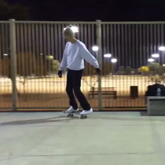12445780 1348157625200253 1253751496 n - Freestyle dancing is hard on @whalebonetown's shoes : @cairofoster...