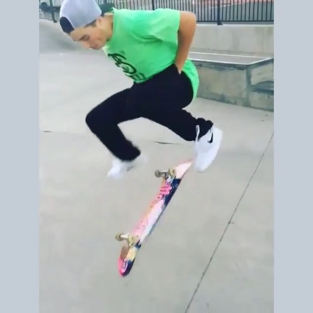 12446063 1794750897419583 260863512 n - Tag someone who skates like  @omgitsalaskaa...