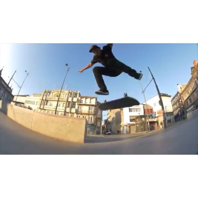 12547440 947840991963762 1591694943 n - Another one from @fgustavoo's @dcshoes #delacalledarua part : @phdylon...