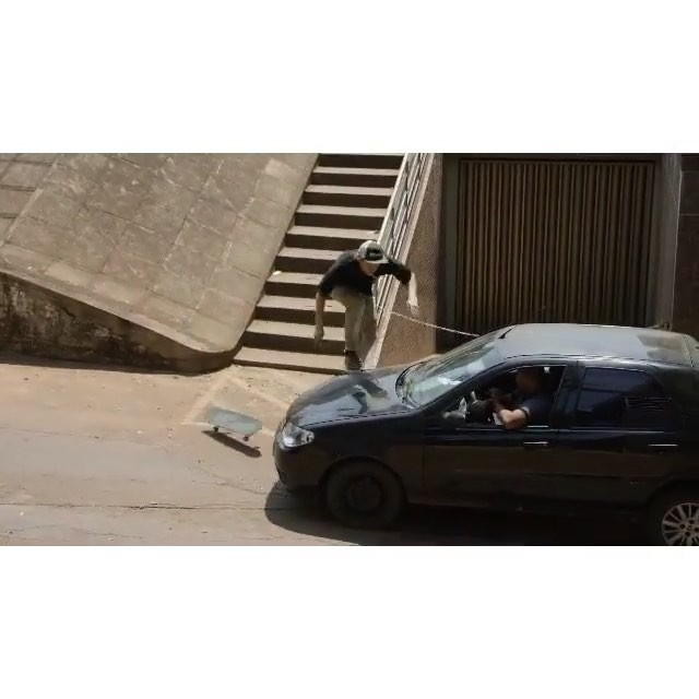 12568814 990917304333513 1145967054 n - by #WesKremer in @dcshoes video #DelaCalleDarua : @martinfobes...