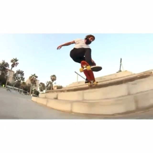 12628029 915312141898160 137890722 n - @manolorobless never ceases to amaze us : @bufannn  Repost from @skatecrunchmag...