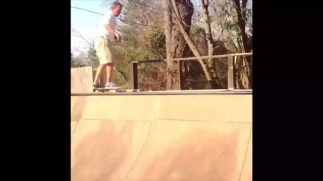 12798032 1665285860398958 2003456999 n - When your 52 year old dad says he used to skate and wants to try your board. Mr....