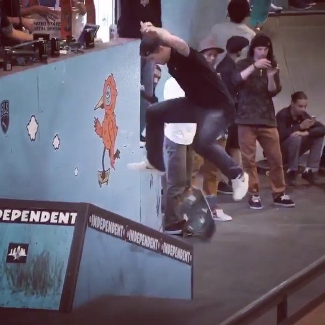 12825745 1690171091262825 1510493660 n - Couple tricks from @shanejoneill out in Tampa ...