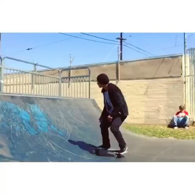 12825959 1222122581131318 1356497255 n - @daewon1song doesn't stop blowing minds via @glassysunhaters...