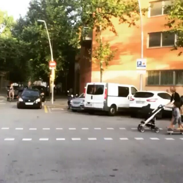 13473221 244247675967688 543588736 n - This makes me smile : @fwojnowski via @barcelona_skateboarding...