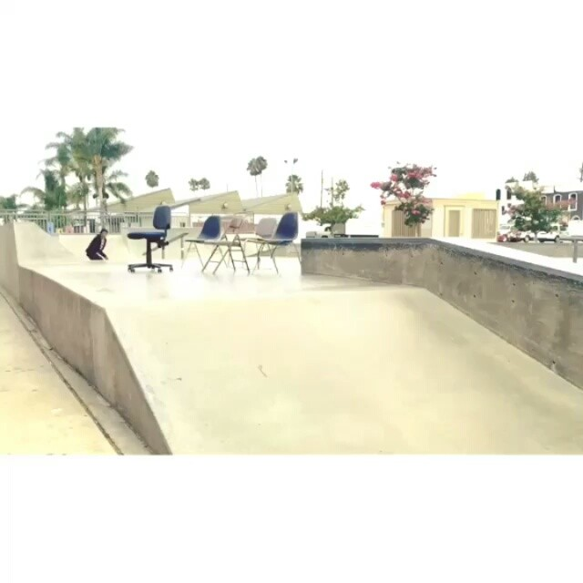 13561617 703727969766265 153280088 n - Tag someone who thinks about skateboarding all day like @daewon1song : @sdae_...