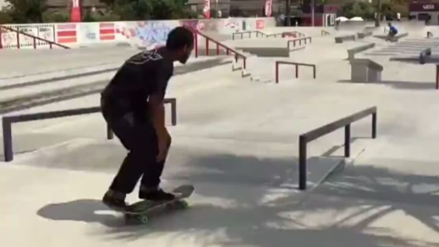 13744104 266309393753330 495572093 n - @forrest_edwards is always putting on a clinic via @explskate...