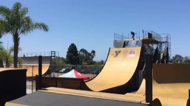 13774418 131664680600678 2035867067 n - Flying through @clairemontskatepark with @beaverfleming...