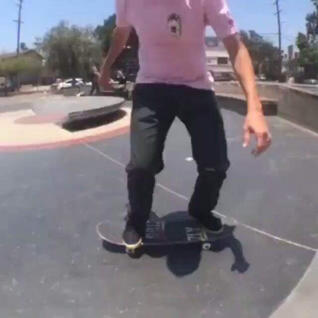 14073108 645746638906433 1542089745 n - Game of skate secret weapon @joeybrezinski...
