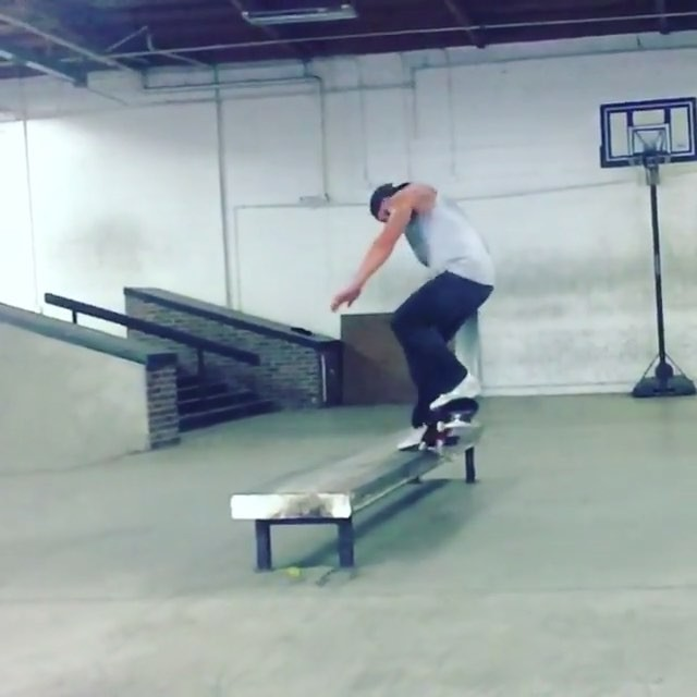 14374050 302049633506248 5955249348798316544 n - @brandonbiebel learned a new one today - Half Cab Fs Crook BigSpin. : @braydonsz...