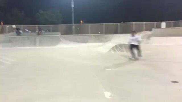 14693648 1148064178564018 1189908912556474368 n - So fresh and so clean skating with @dashawnjordan...
