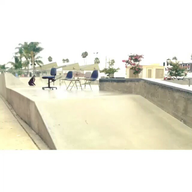 1661818 167193340306734 2130568586 n - Chairs & @daewon1song : @sdae_...