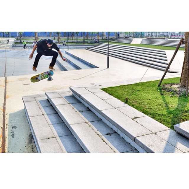 924042 1620594508169997 1254933173 n - Switch heel from @tomasvintr in Shanghai, China...