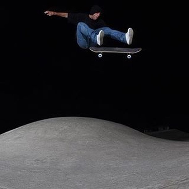 16110561 1828599227352036 7100032109422575616 n - late night flips with @tompenny : @jorgebinderfoto...