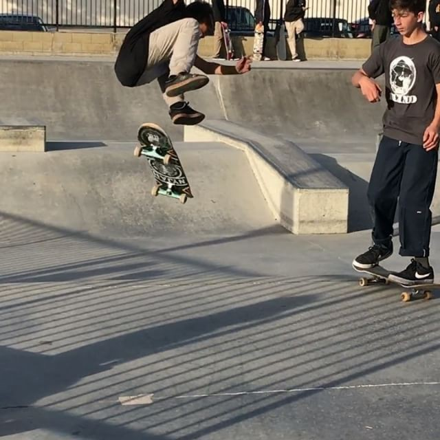 15623786 800805816725430 2038373182120919040 n - New trick for @orlando_garcia__ with the double Lazer flip  : @nkavids...