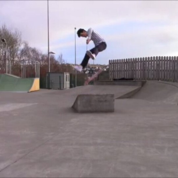 16788599 1252957924739826 5467092539985100800 n - Lazer tripple flip from @_jamiegriffin ...
