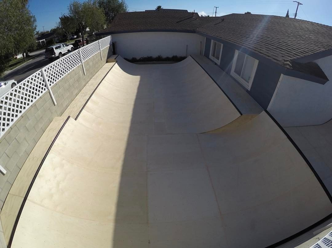 17076622 1201355316599277 435374512603660288 n - Tag a homie to upgrade their yard like this  via @oc_ramps...