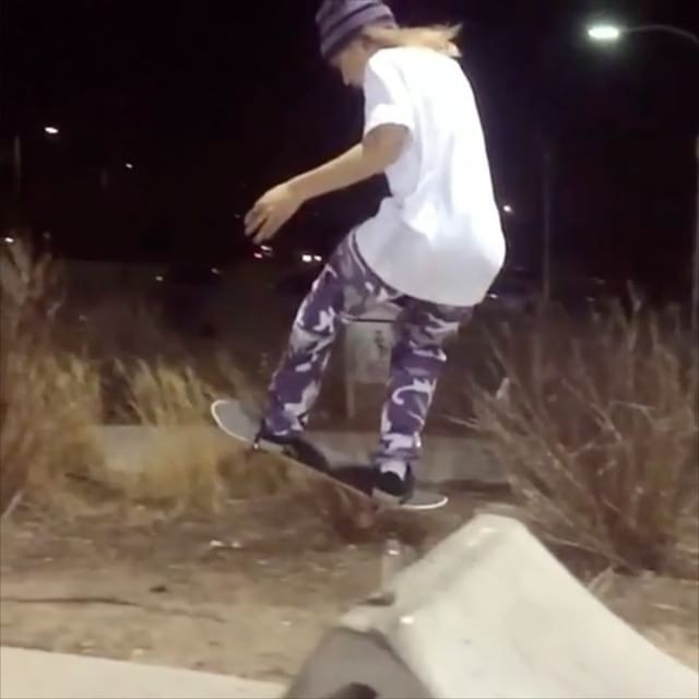 17126948 1909387736011767 8168903835645902848 n - Crazy tricks from @_dylanfox via @theworldofskateboarding...