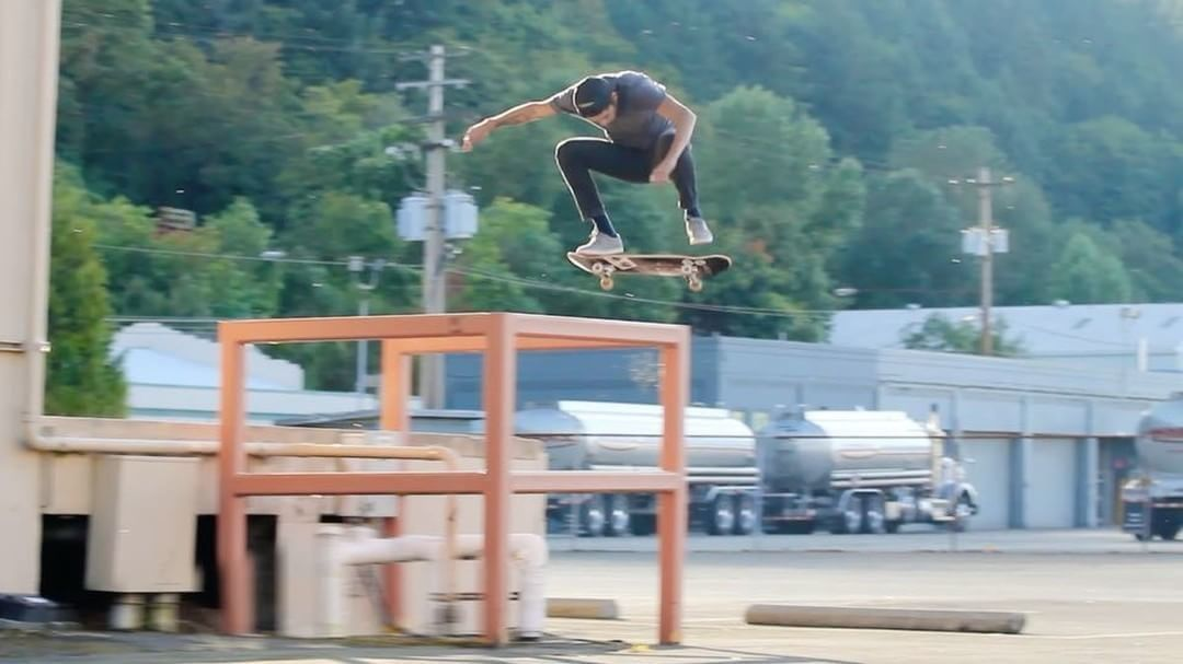 17931938 1918301501758922 4083132959136153600 n - Switch flip by #dylanrieder via @russellhoughten #RIP...