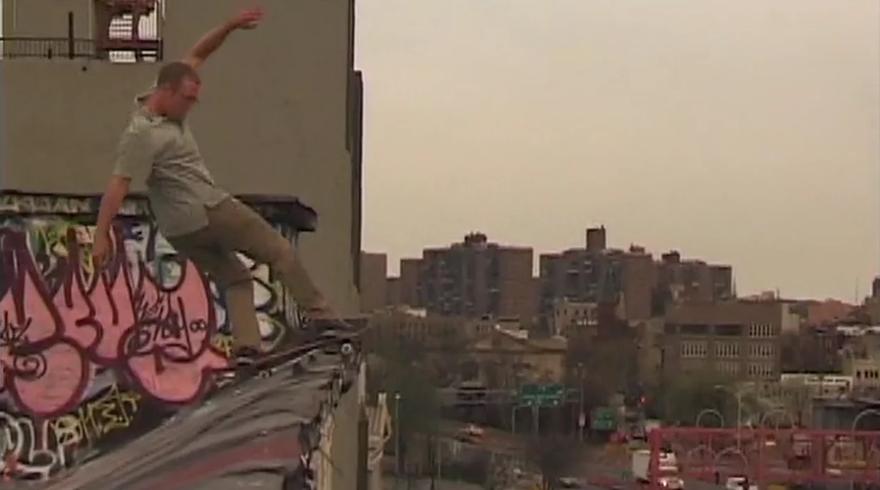 Roof Skating: Tengu God of Mischief