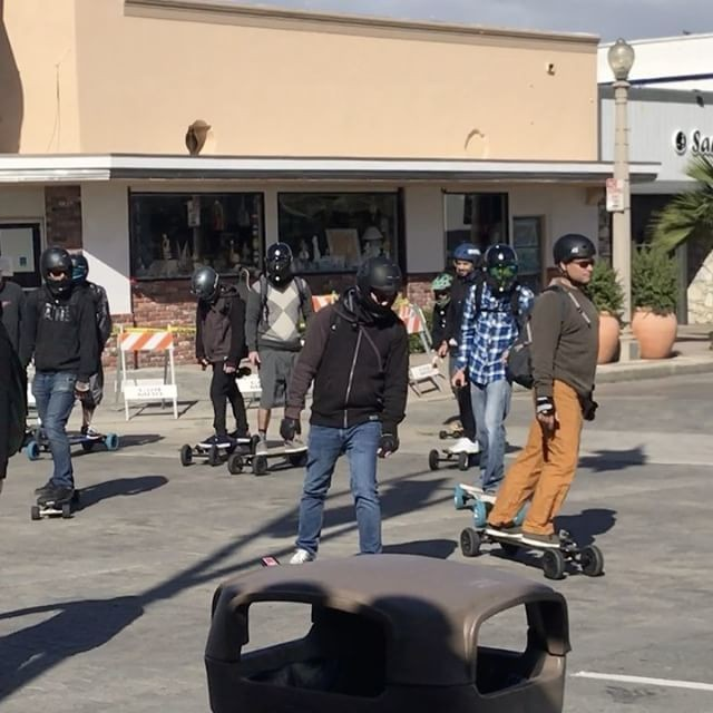 18298505 1891459961129588 1225891590216613888 n - Hells Electric Angels outlaw skateboard clubvia @omarhassansk8...