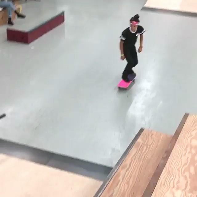 18380164 259907481148269 1479357603426336768 n - #wcw @mariahduran_  @stokedtoskate via @metroskateboarding & @girlshredclips...