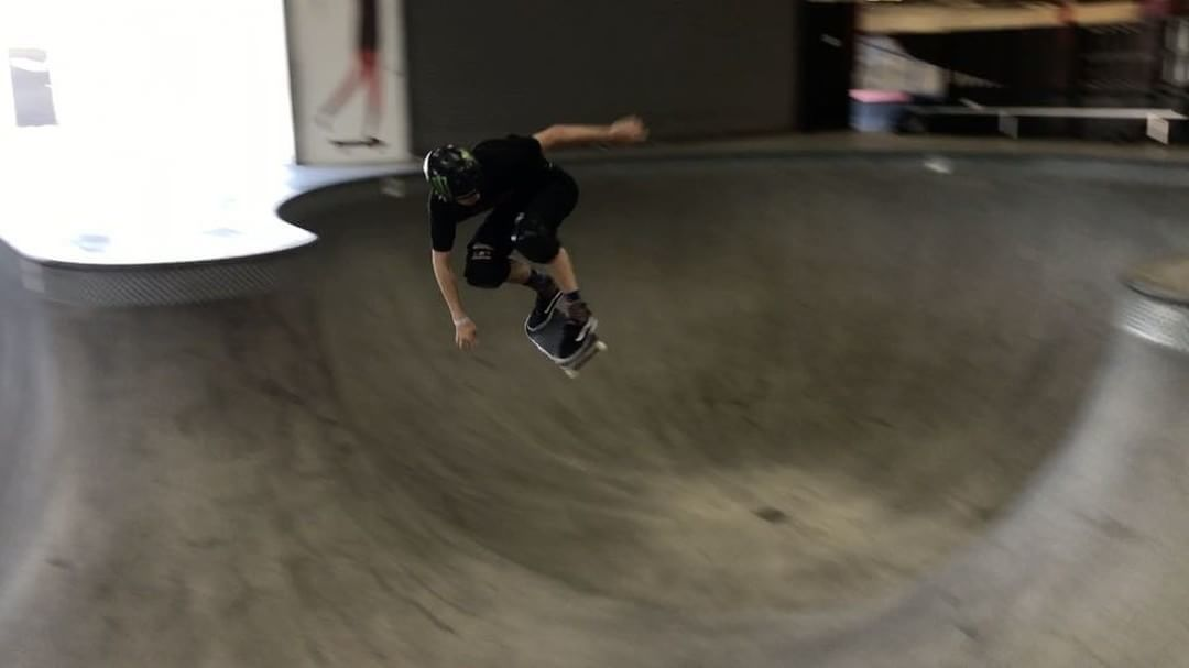 18382272 694309384089017 6702879979664834560 n - THis looks painful for @tomschaar's feet : @omarhassansk8...