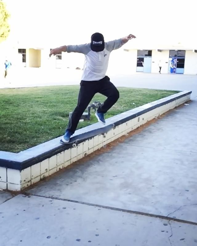 18444427 431355387221606 162149579658100736 n - Damn rocks fucking up @shanejoneill's buttery lines  : @spanishmiketv --- #shral...
