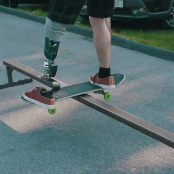 18512777 1953601761526172 7428608463460106240 n - This is so fucking amazing @adaptive_skateboarding via @split_magazine...