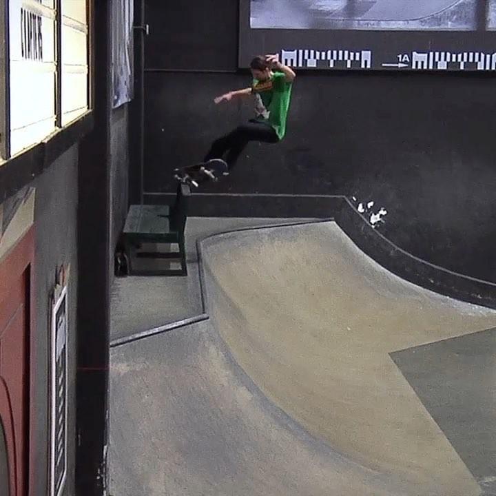 @stefanjanoski : @chaseingabor via @berrics #SkateboardingIsFun…