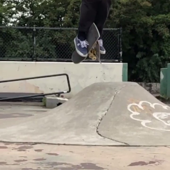 67658297 370005900590429 4494148488791617613 n - Always getting cresting with @matttomasello #shralpin #skateboarding...