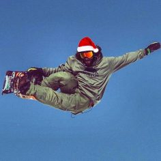 #MerryChristmas from the slopes! snowboarder #DannyDavis enjoying the #holiday. …