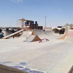 #BurningMan skatepark (@sk8kamp) #BRC #Shralpin : @bosmolskate…
